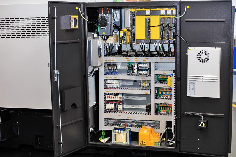 Электрический шкаф токарного обрабатывающего центра СТ25